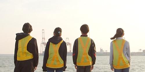 未来を担うこども達へ。<br>乗船体験を通して未来の自分と向き合う、ドキュメンタリームービー。